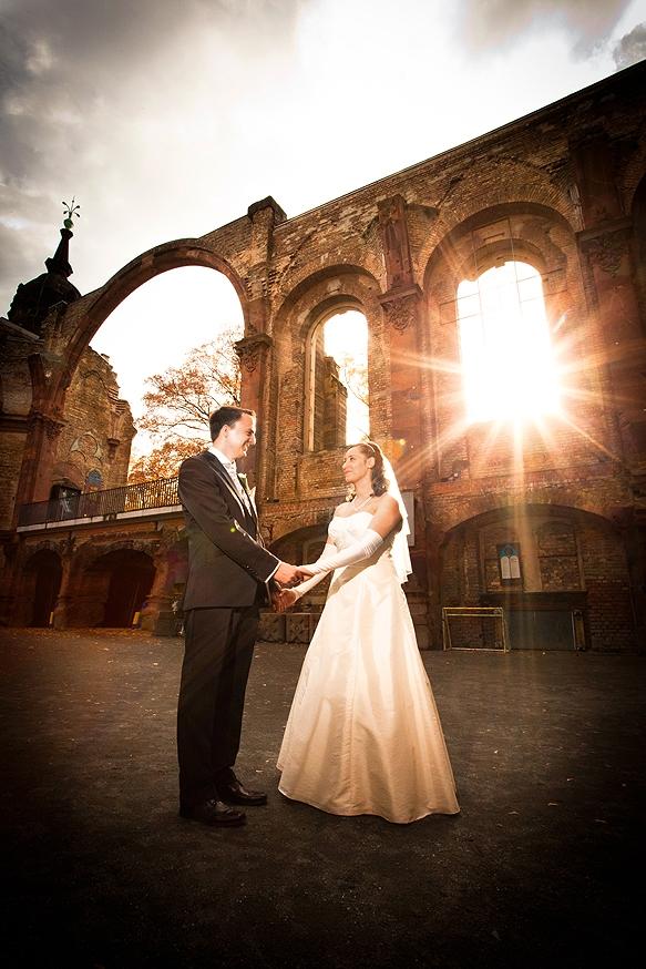 Hochzeitsfotograf - Hochzeitsportraits in der Trinitatiskirche Dresden
