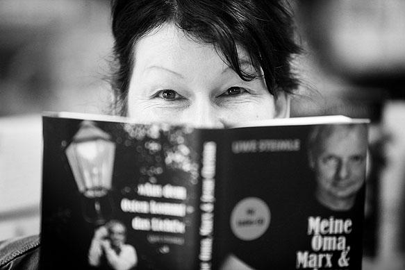 Pressefotograf - Portrait Buchhändlerin