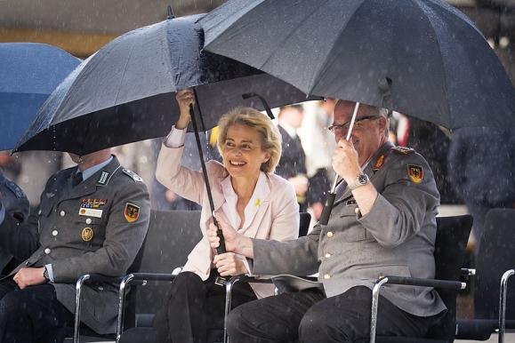Fotojournalist - Verteidigungsministerin Ursula von der Leyen im BMVg