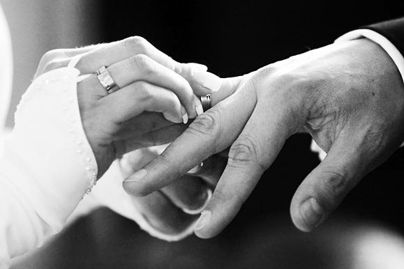 Hochzeitsfotograf - Hochzeitsfoto vom Ringtausch