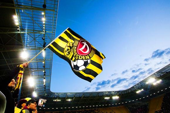 Firmenfotograf - Feature Stadionatmosphäre für SG Dynamo Dresden